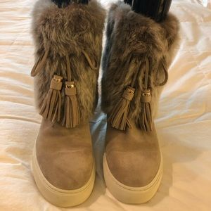 Tory Burch Anjelica Fur/Suede Sneaker Boot Size 9